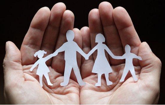 العائلـــة