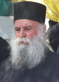 الأب نيقوديموس بيلاليس الراهب وحامي الأطفال الكثيرين